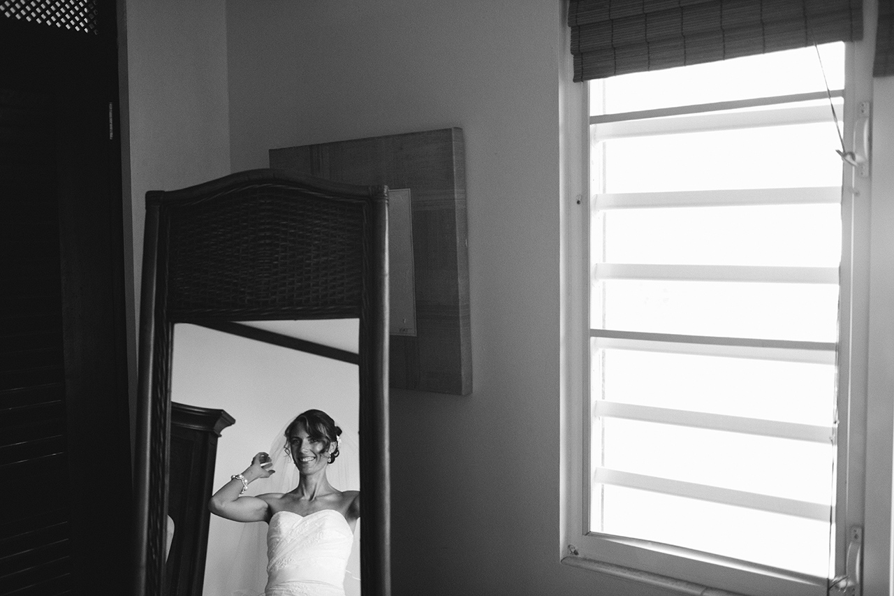 isabela_puerto_rico_villa_montana_wedding_bw_375