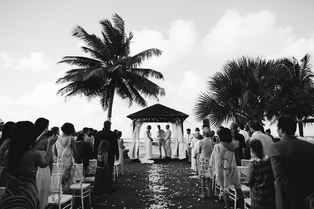 isabela_puerto_rico_villa_montana_wedding_bw_483