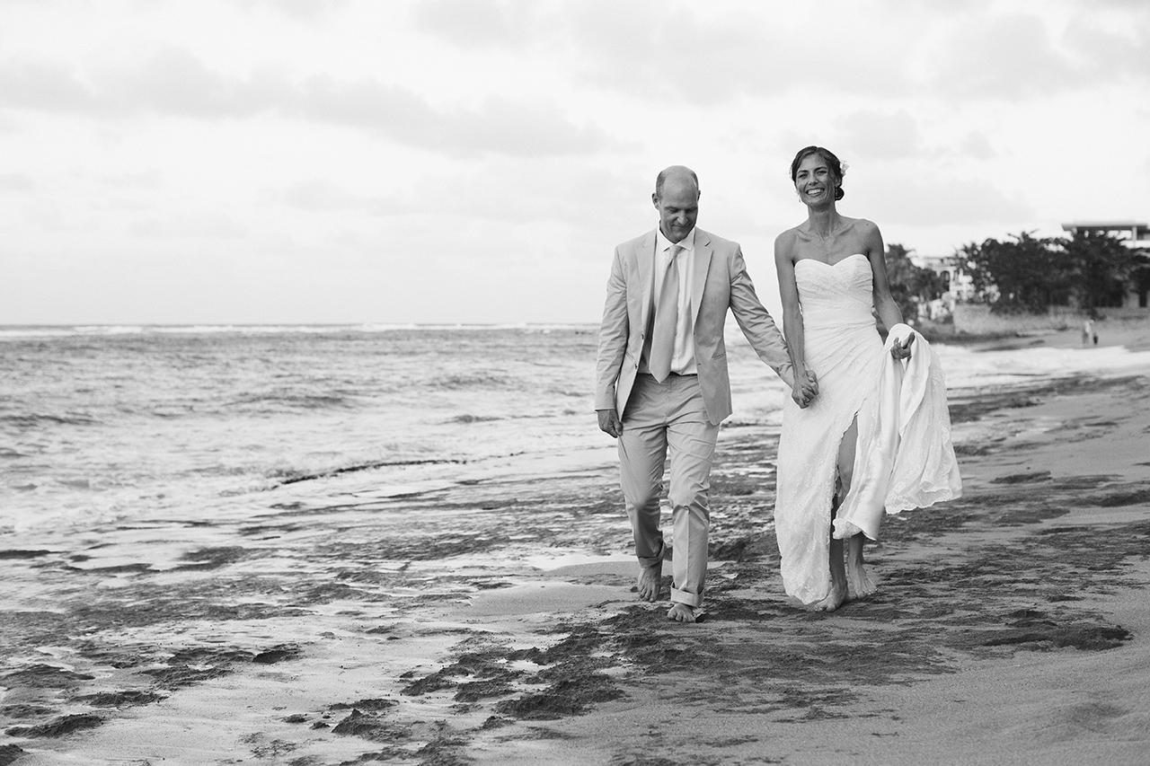 isabela_puerto_rico_villa_montana_wedding_bw_741