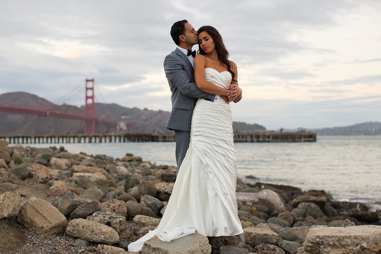 wedding photos at golden gate bridge