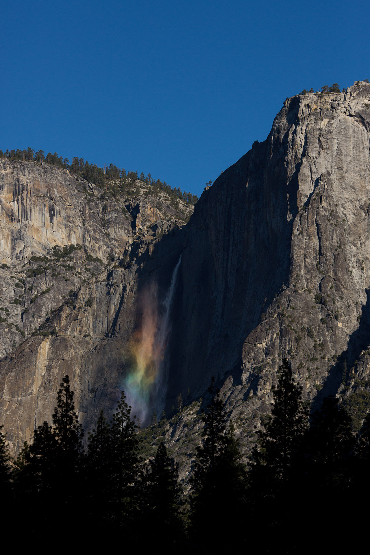waterfall rainbow yosemite