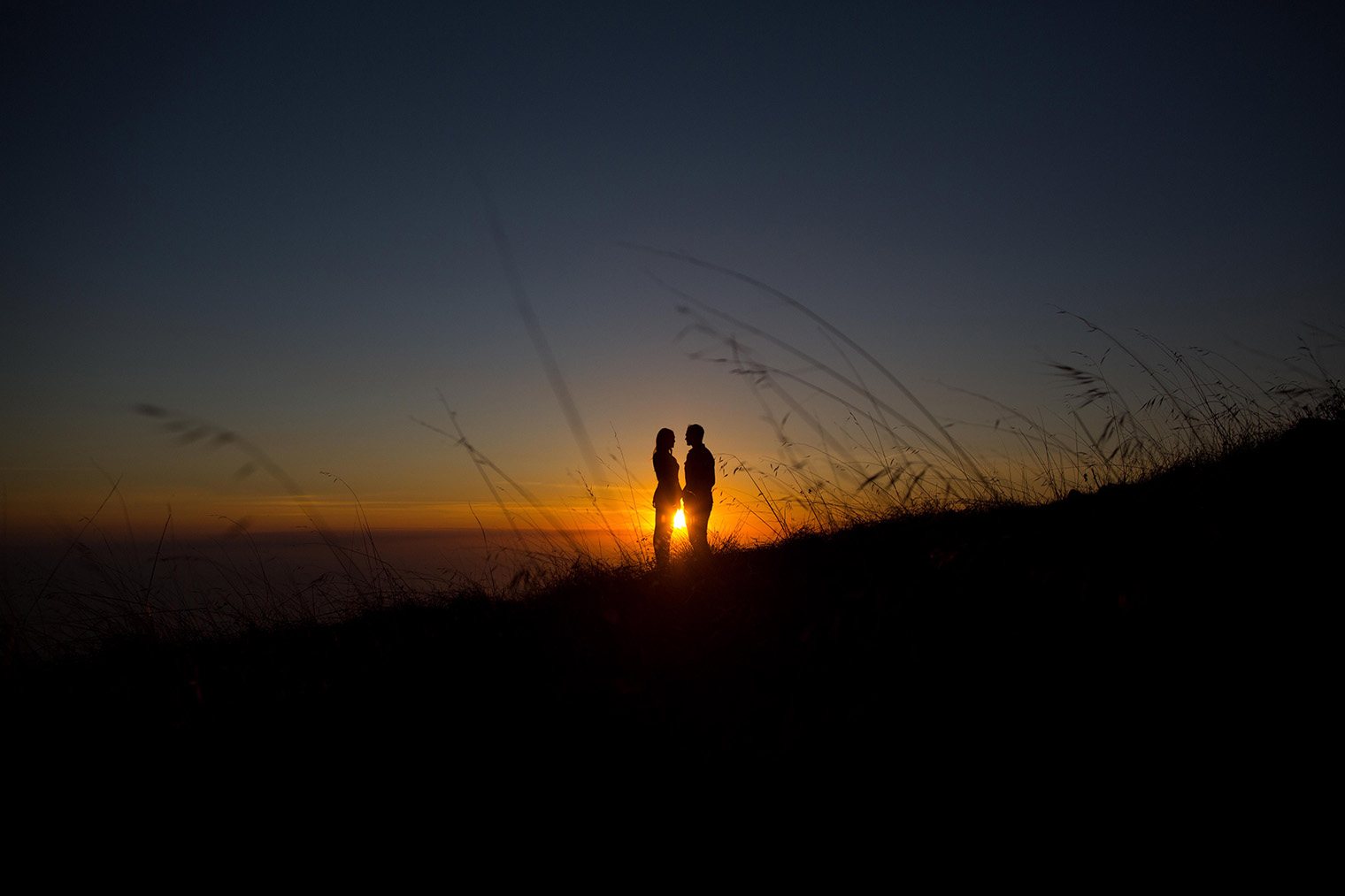 mt tam sunset engagement session