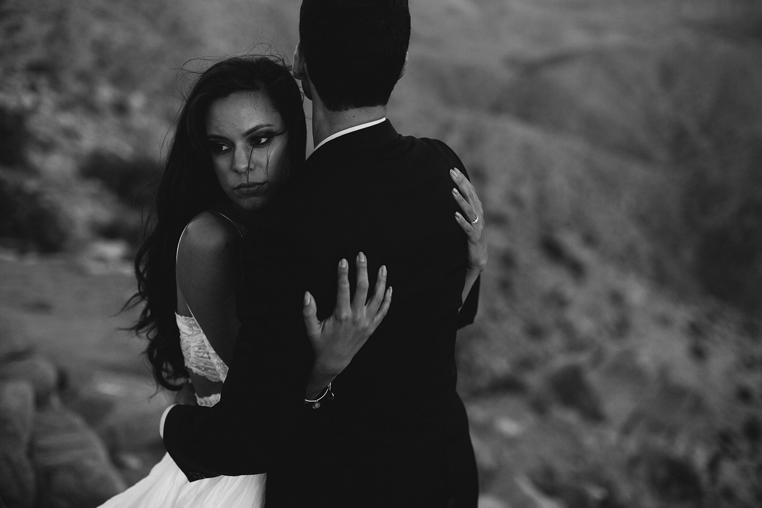 joshua tree engagement session bw_68