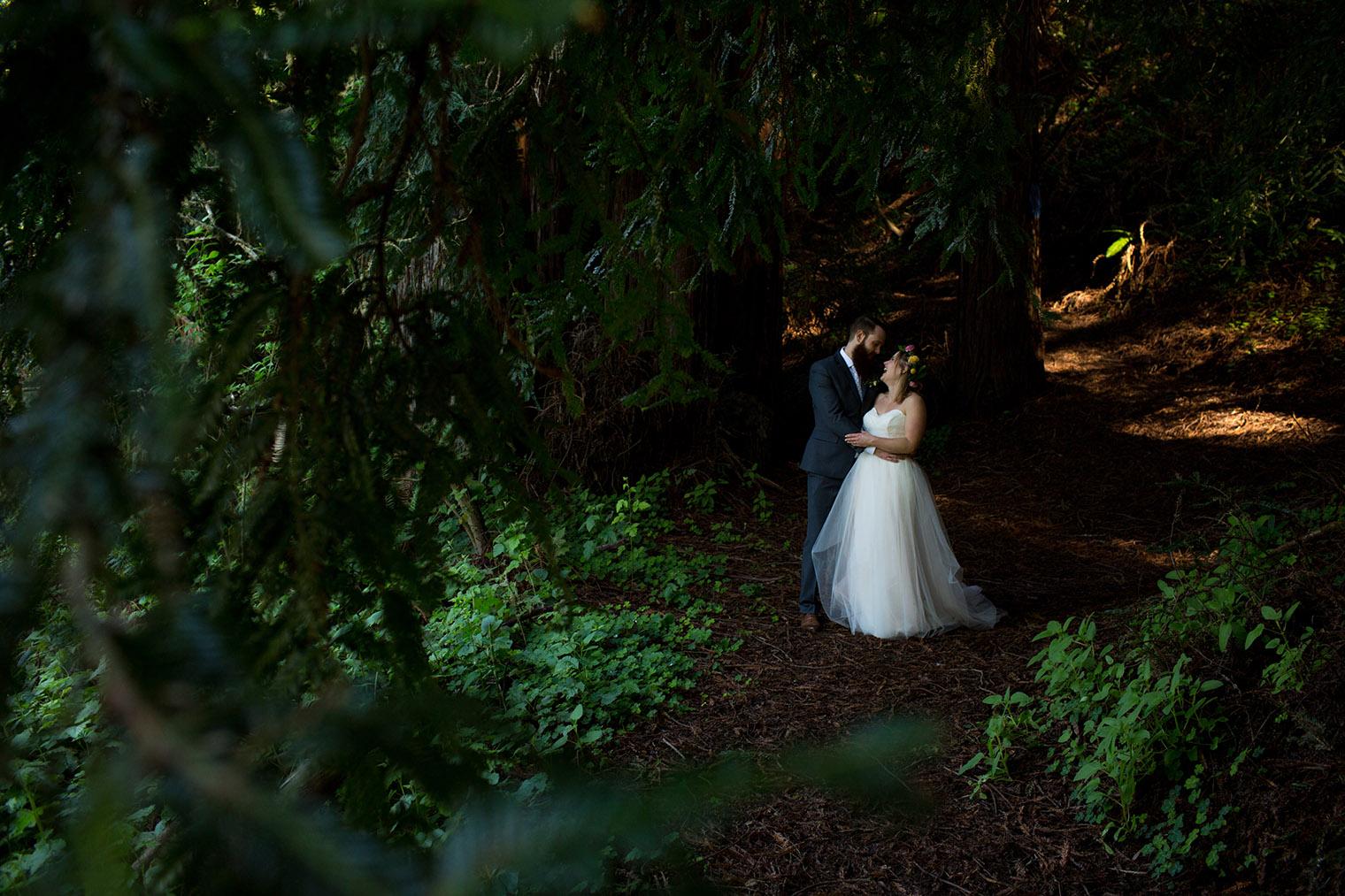 ovy camp wedding couple photos-15