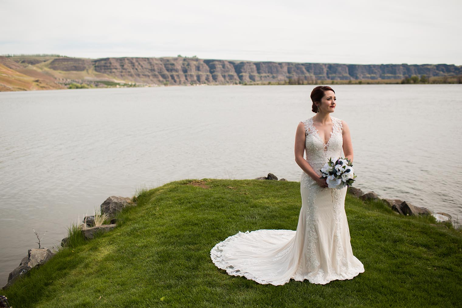 Bride Portrait by Wenatchee Wedding Photographer