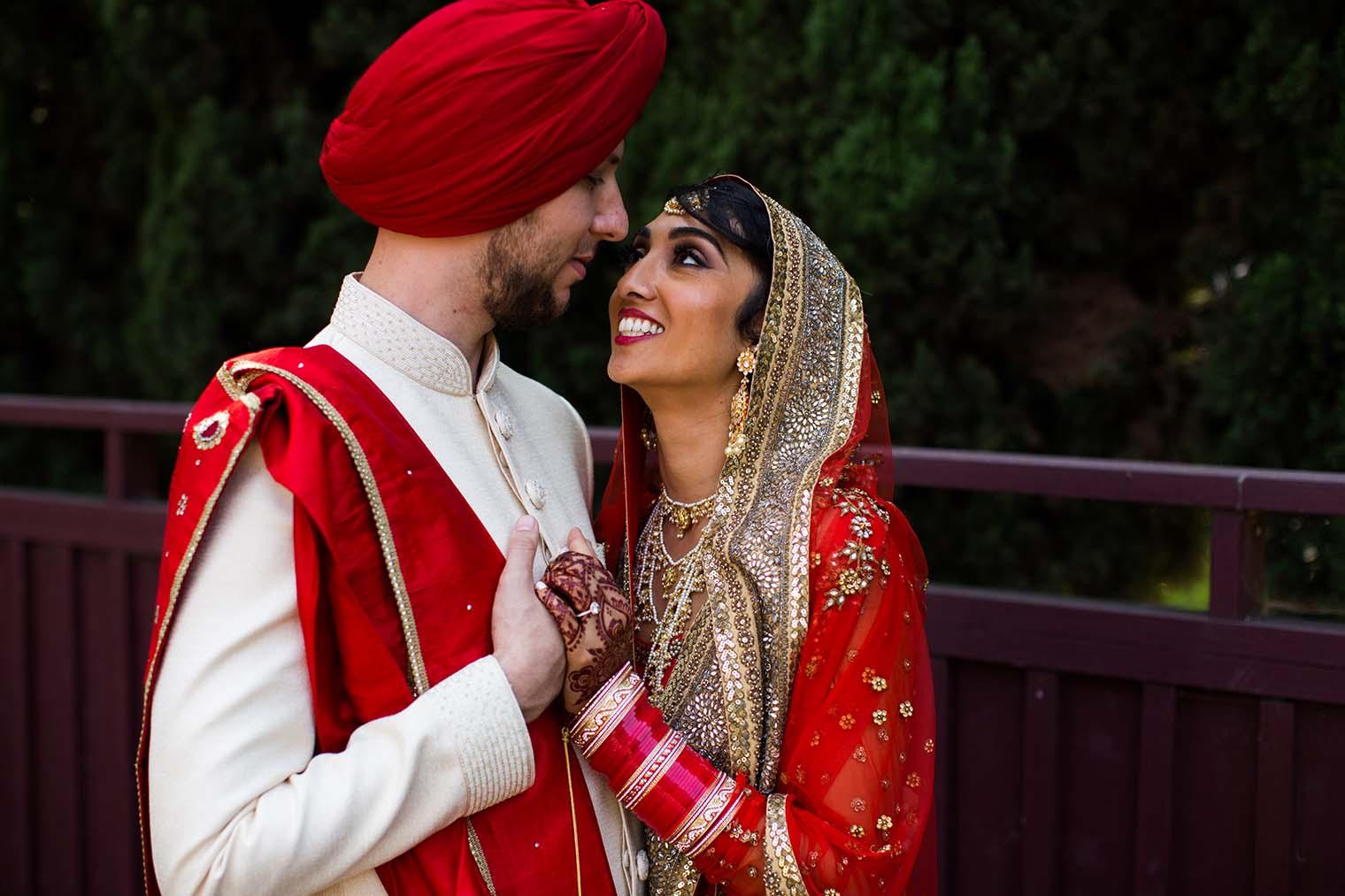 Gurdwara Sahib of Fremont Wedding Couple Photos