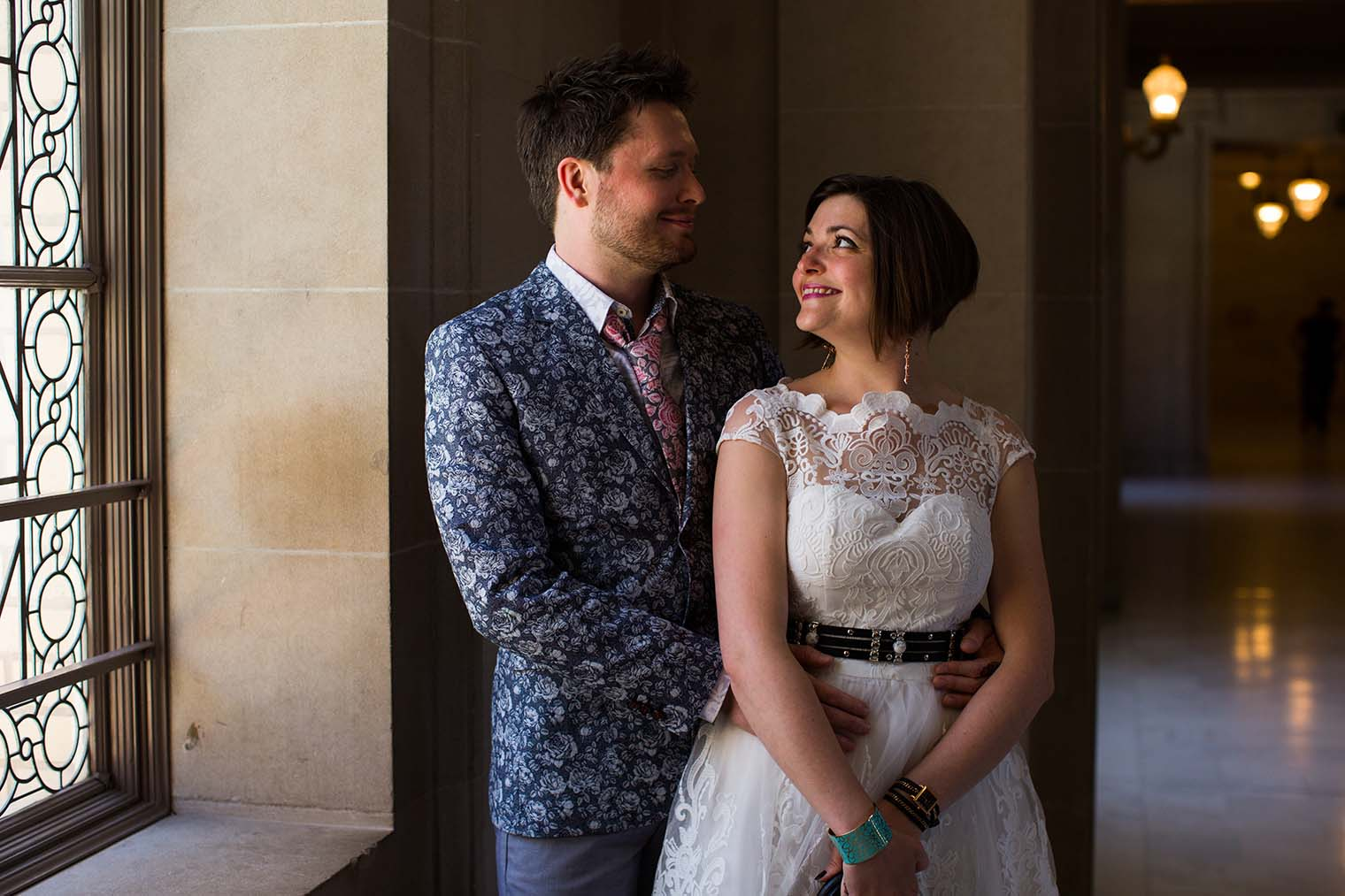 wedding portraits at san francisco city hall