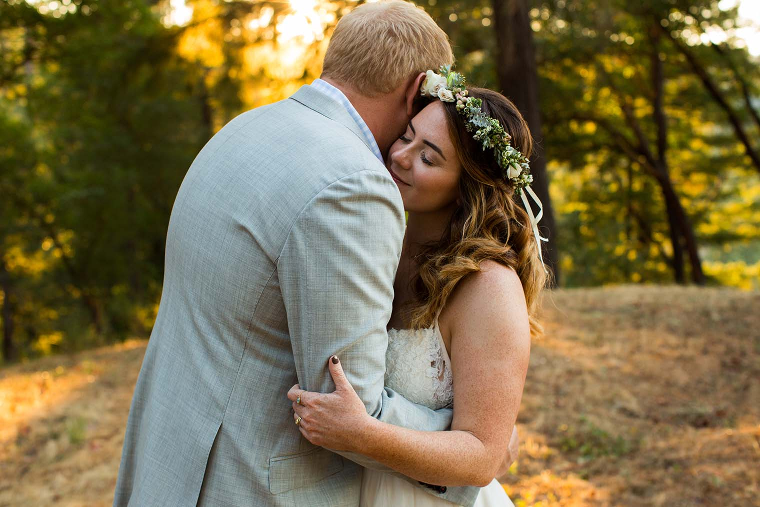 wedding photos at wild iris retreat