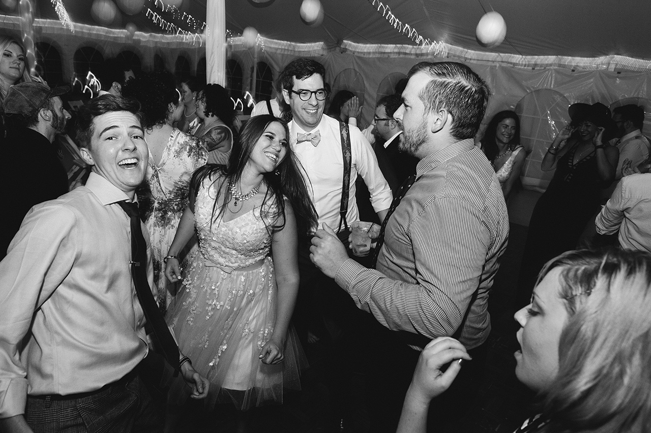 Full_Moon_Resort_NY_Wedding_R2_BW__275