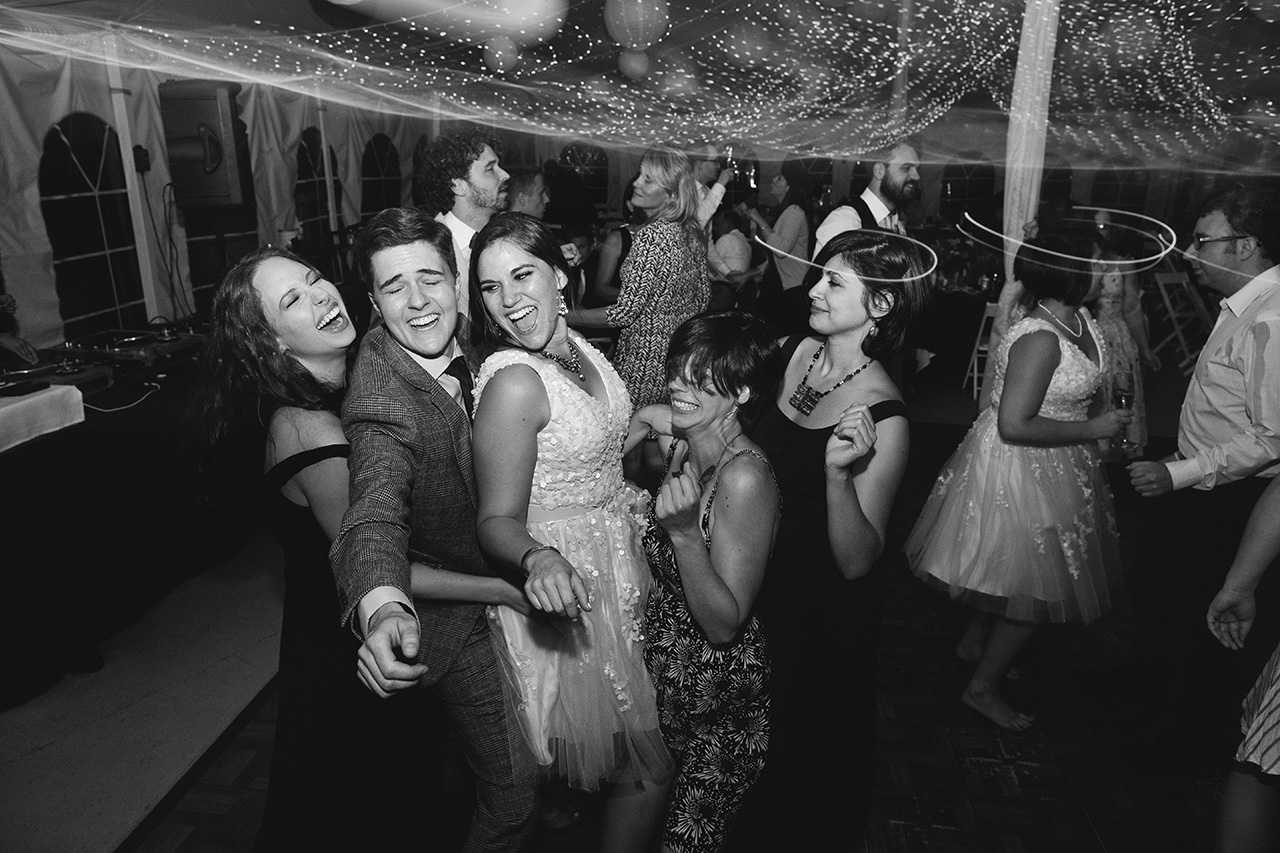 Full_Moon_Resort_NY_Wedding_R2_BW__8