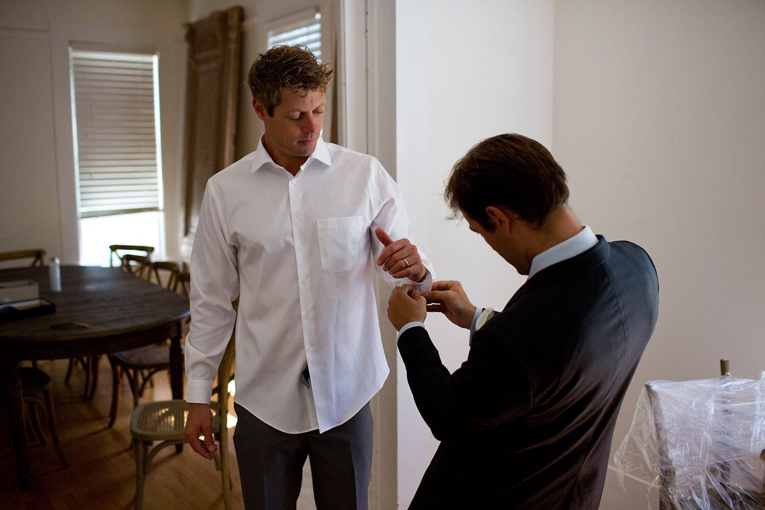 groom getting ready in healdsburg wedding