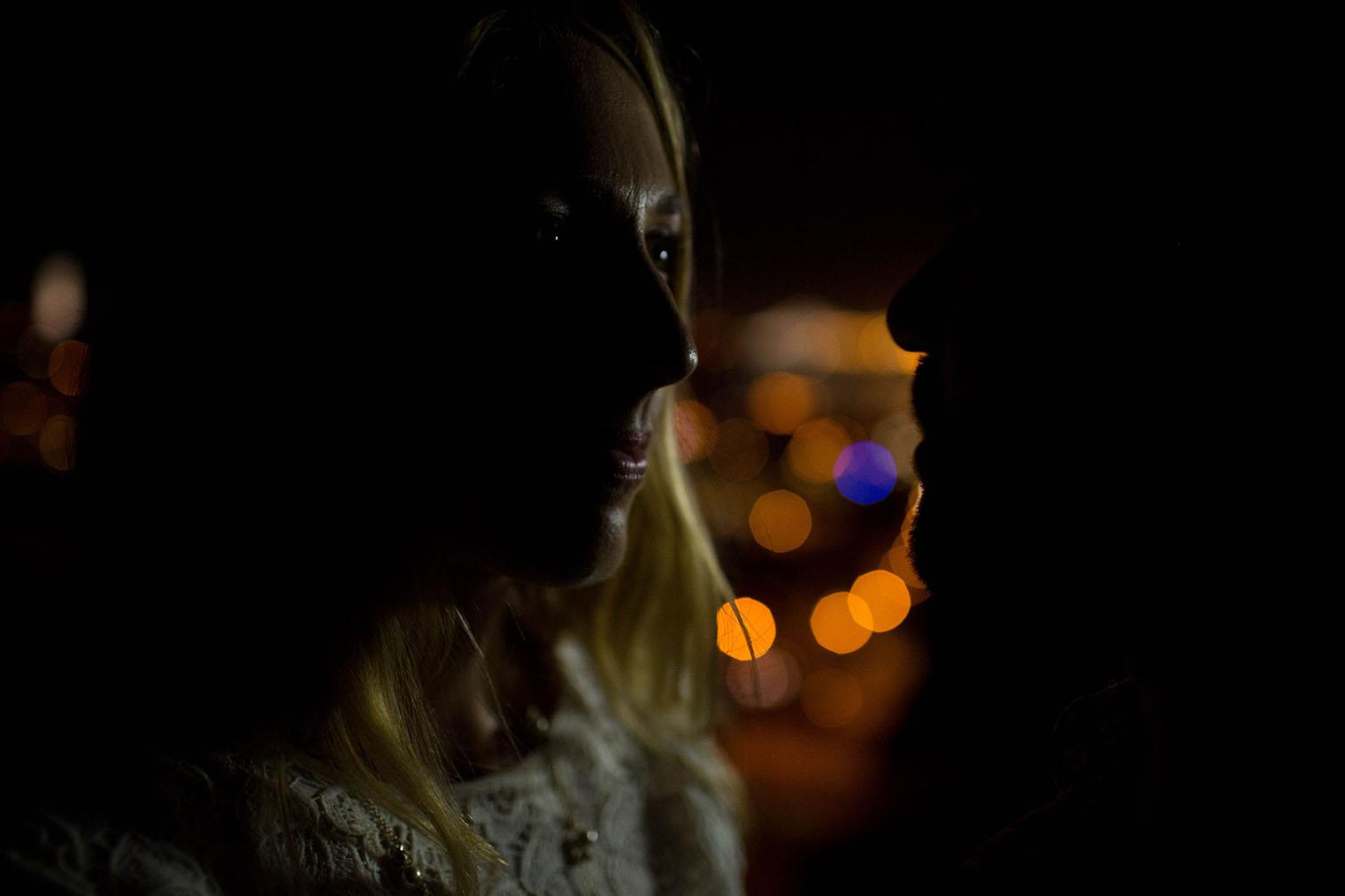 san francisco engagement photo at night