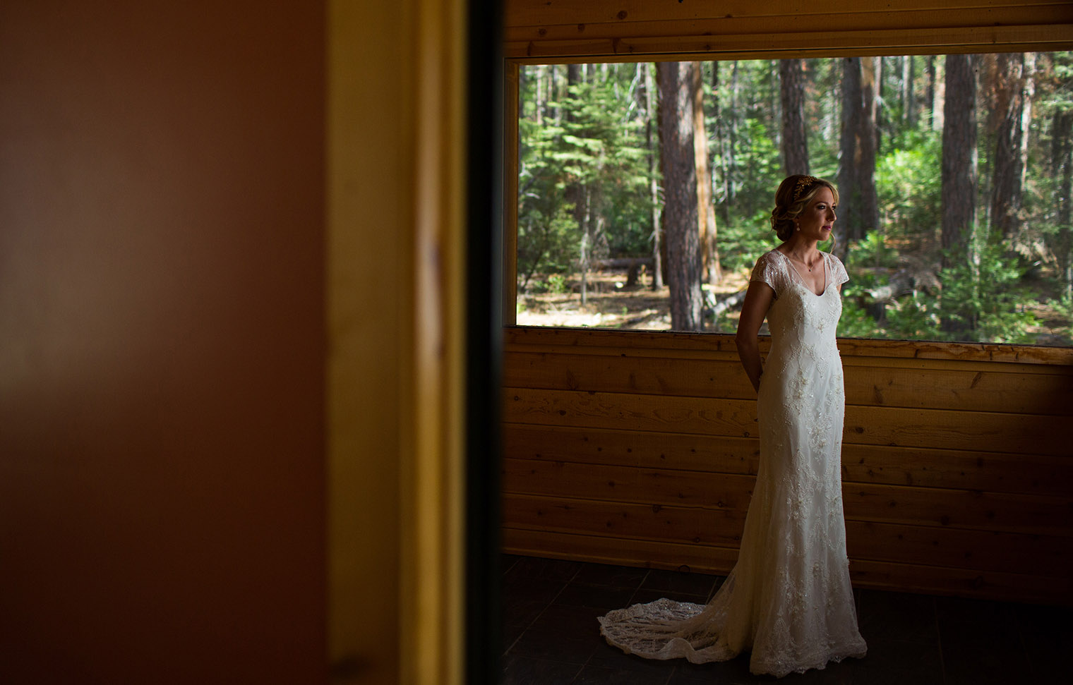 Evergreen Lodge Wedding bride getting ready
