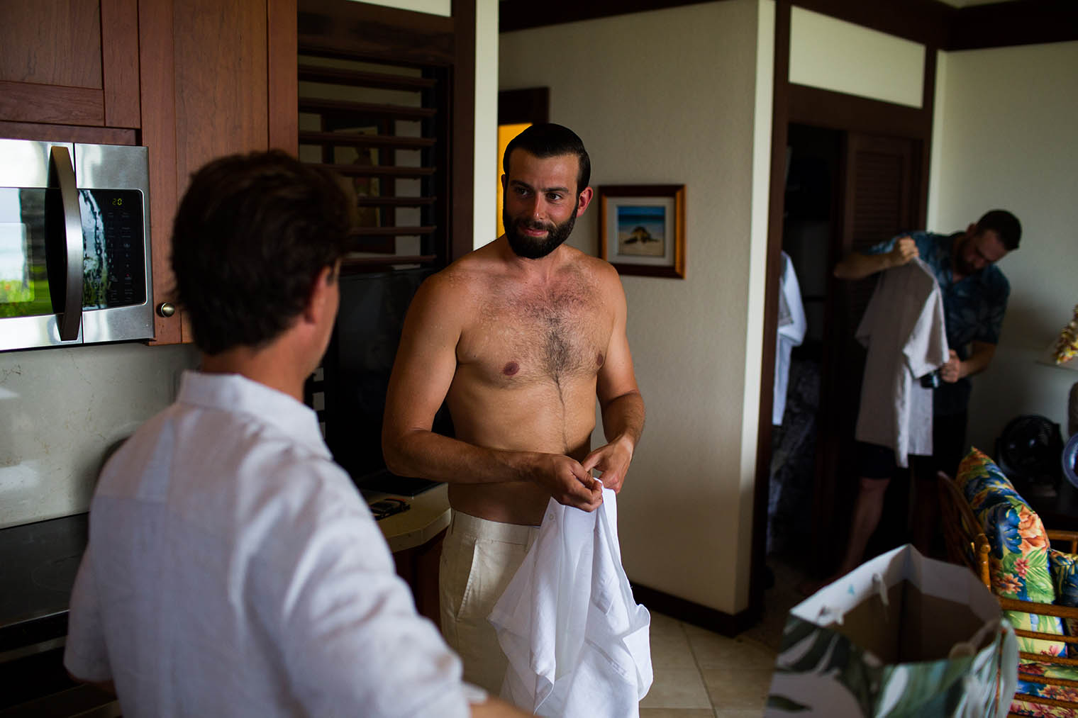 groom getting ready at Kiahuna Plantation Resort