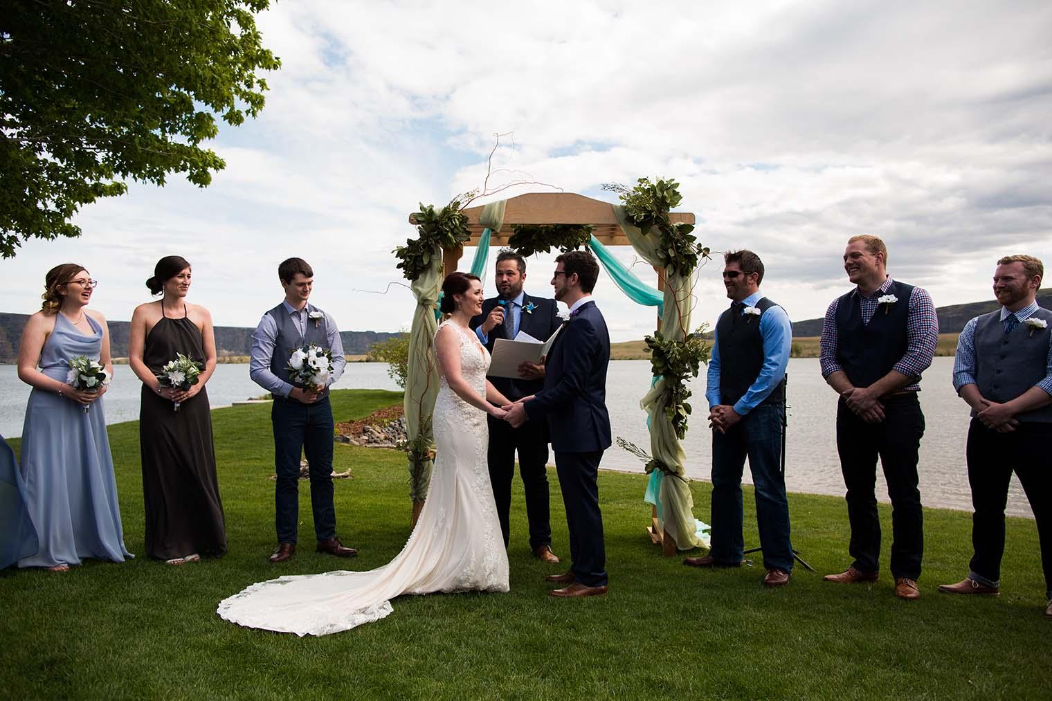 Wedding Photographer located in Wenatchee WA