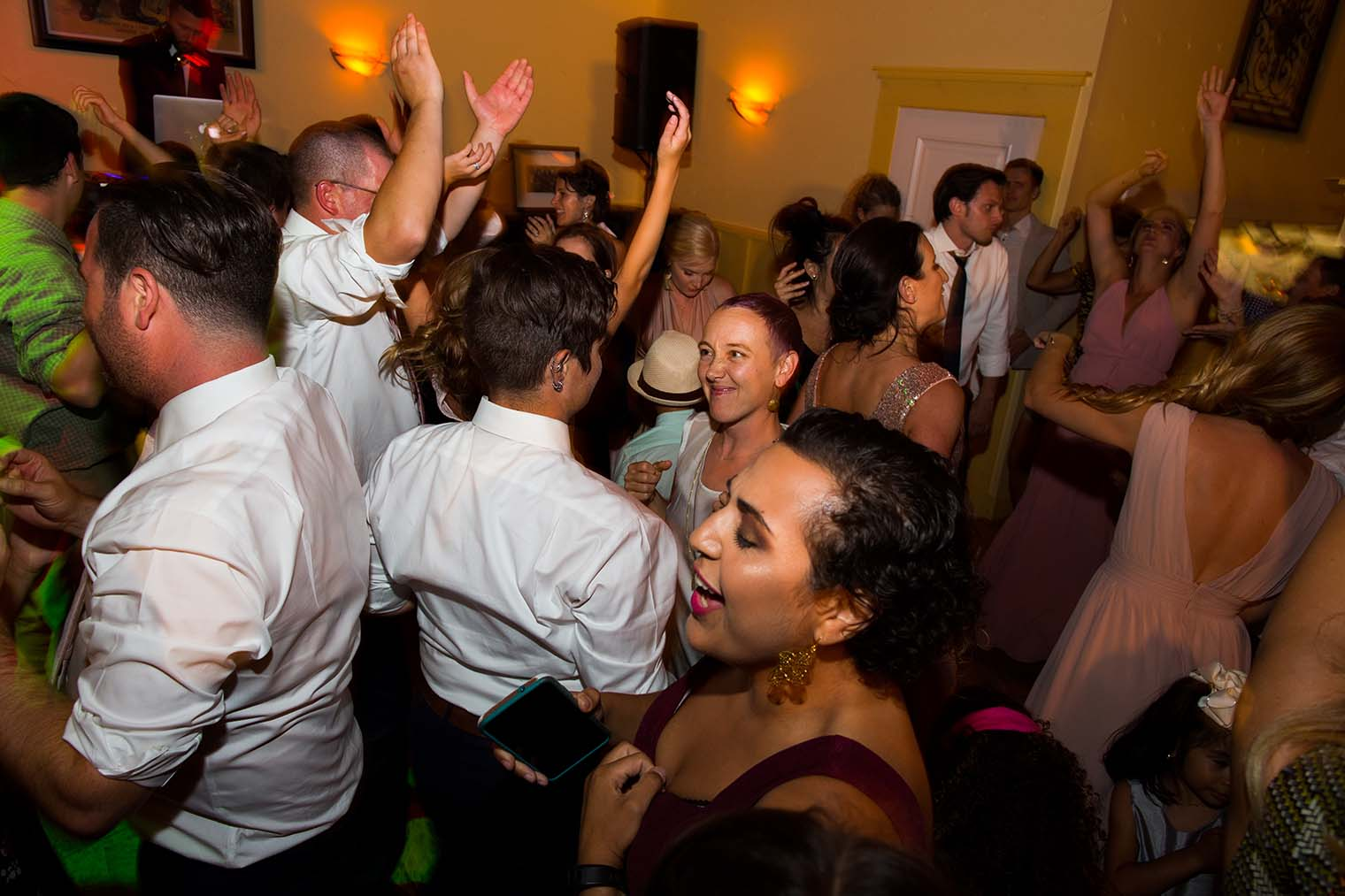 Highland Dell Lodge wedding reception photos
