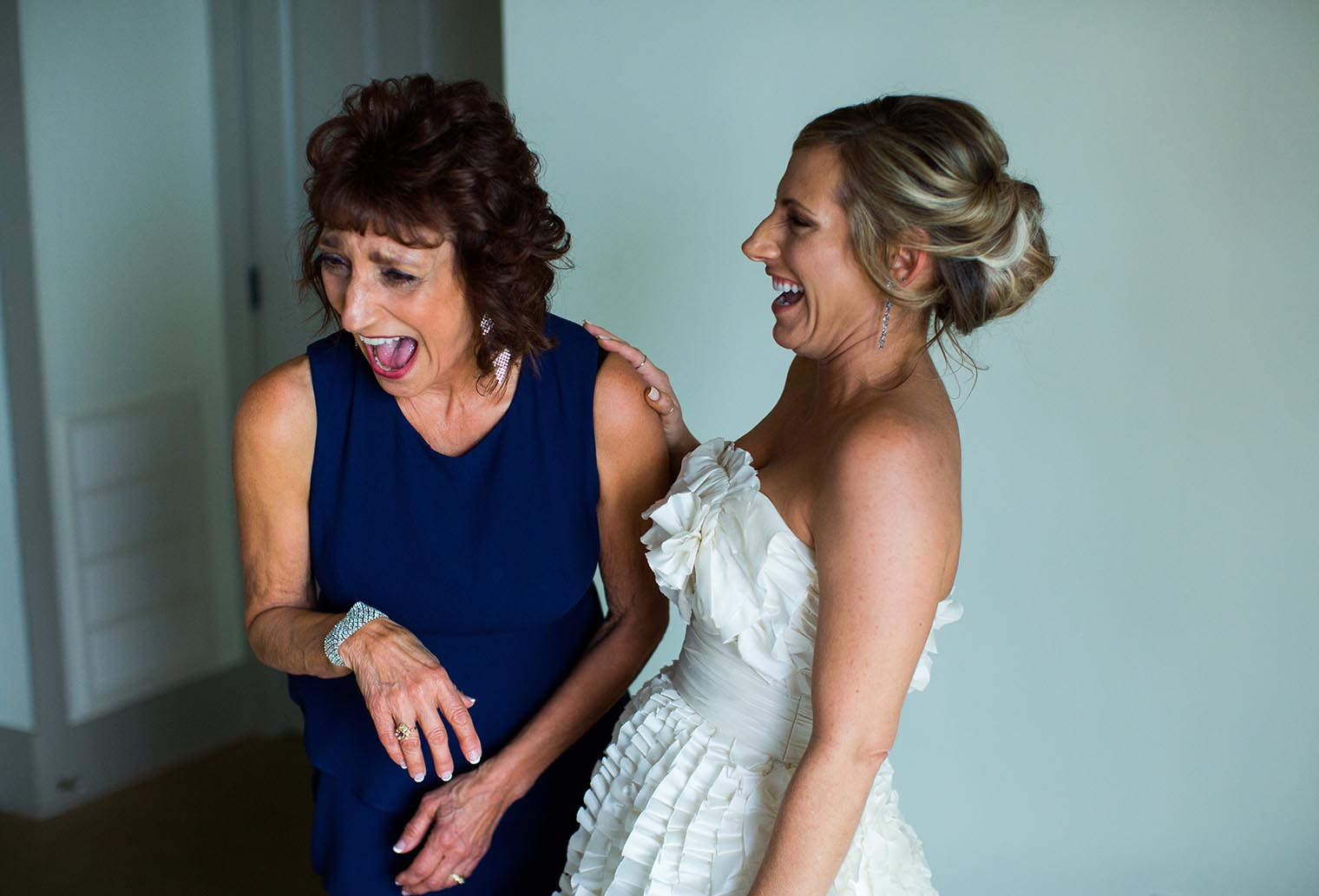 bride and mom at heritage house resort