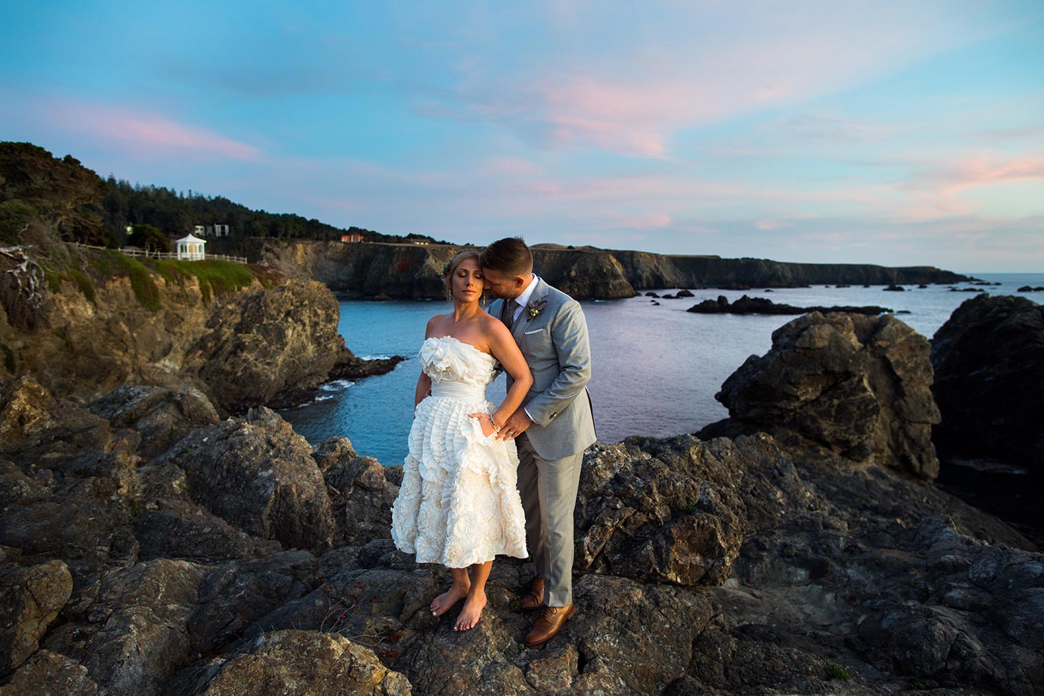 couple portraits at heritage house resort